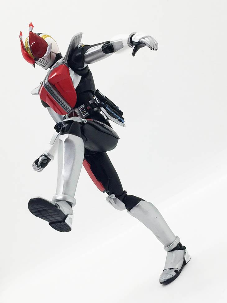 S.H.フィギュアーツ 仮面ライダー電王 ソードフォーム -20 Kamen Rider Kicks Ver.-|おもちゃライダー