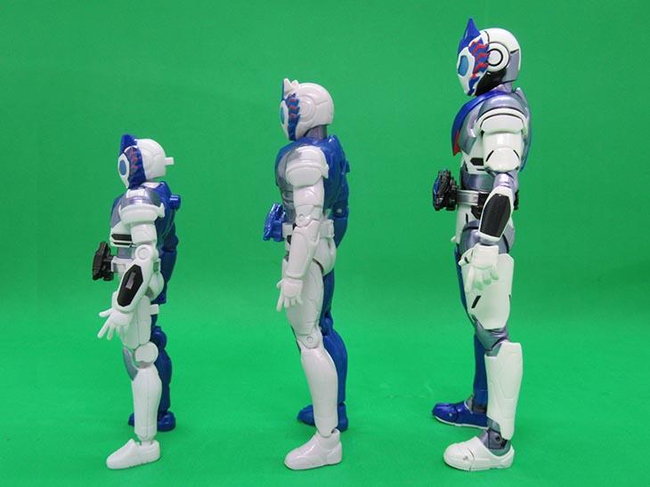 【比較】装動・RKF・S.H.フィギュアーツを比較!S.H.フィギュアーツ 仮面ライダーバルカン シューティングウルフ おもちゃライダー